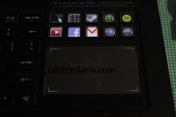 3-touchpad-laptop-razer-gaming