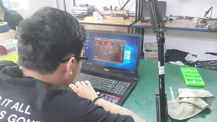 Vệ sinh laptop MSI Gaming GE63VR đình kỳ 6 tháng.
